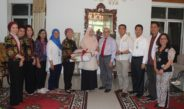 Projek Kanker Rahim NTB. Rotary Berikan Bantuan Alat Medis.